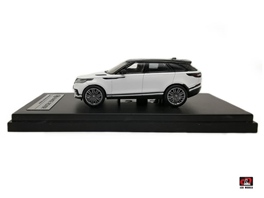 1:64 2018 Land Rover Range Rover Velar First Edition white Color