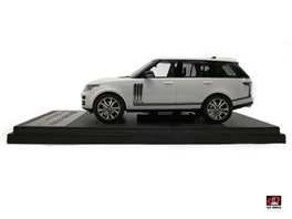 1:43 2017 Range Rover SV Autobiography Dynamic White Color