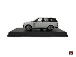 1:64 2017 Range Rover SV Autobiography Dynamic White Color